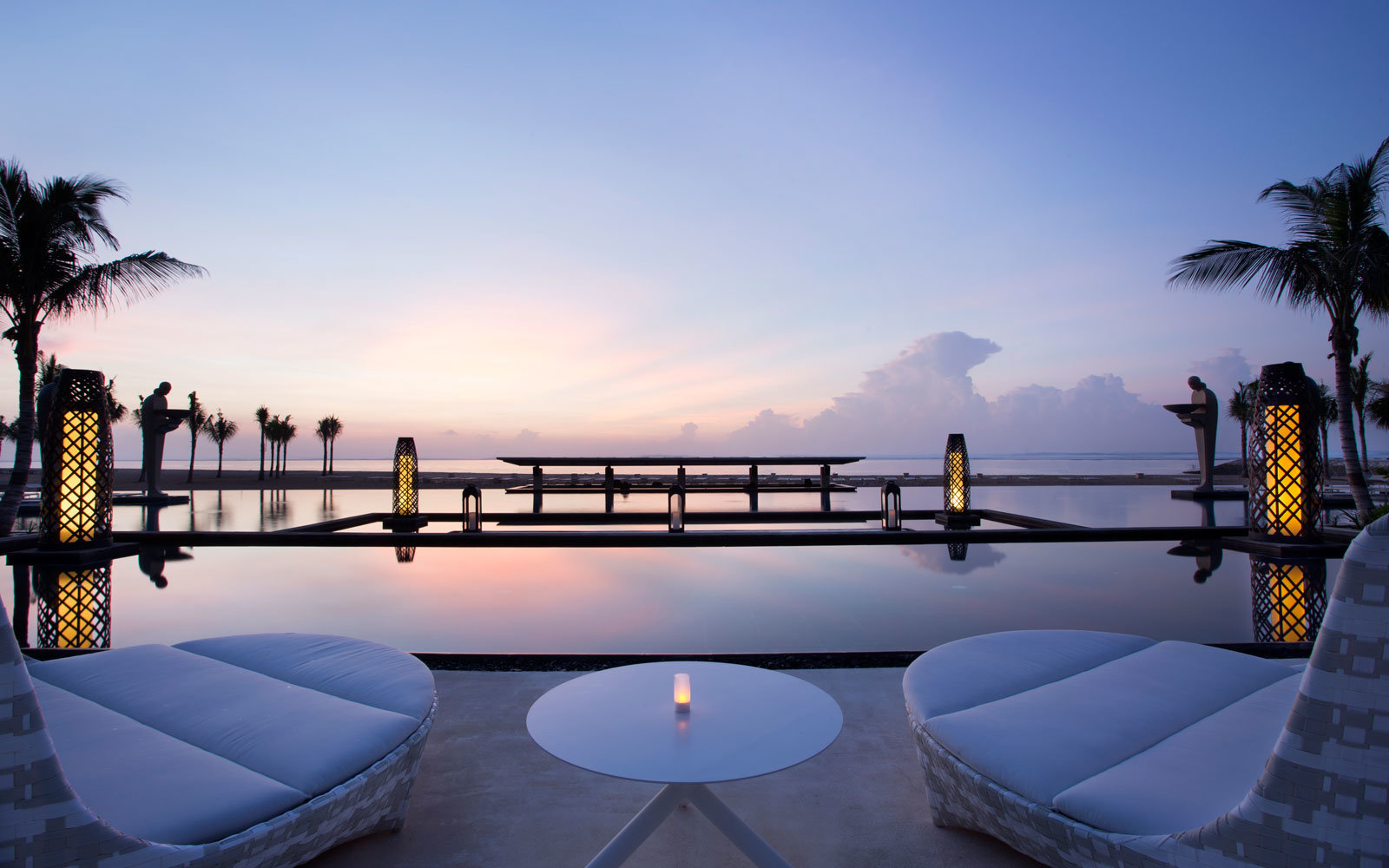 mulia-resort-pool-bali-indonesia-POOLVIEW0318.jpg