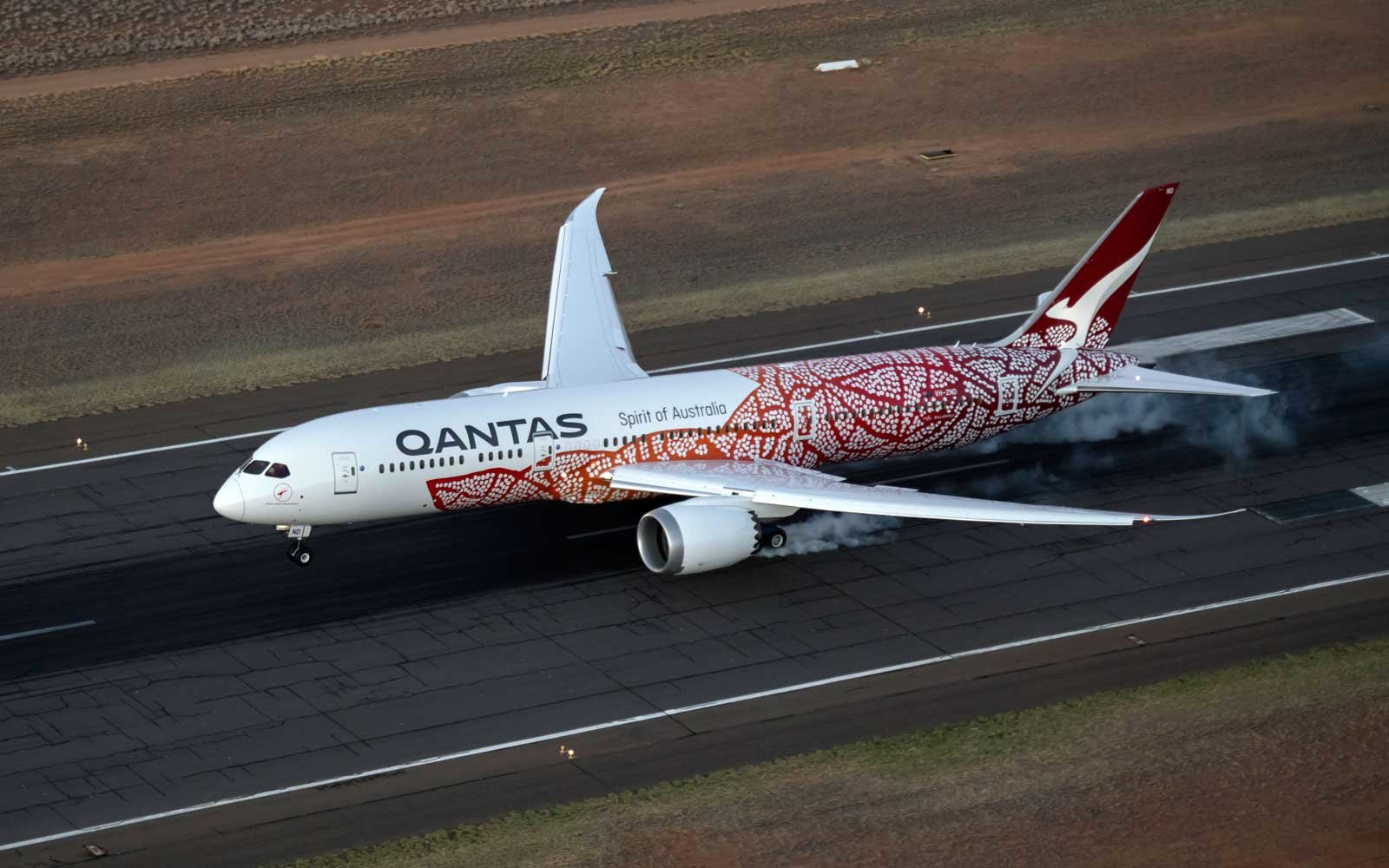 Qantas Unveils Indigenous Artwork On Boeing 787 Dreamliner