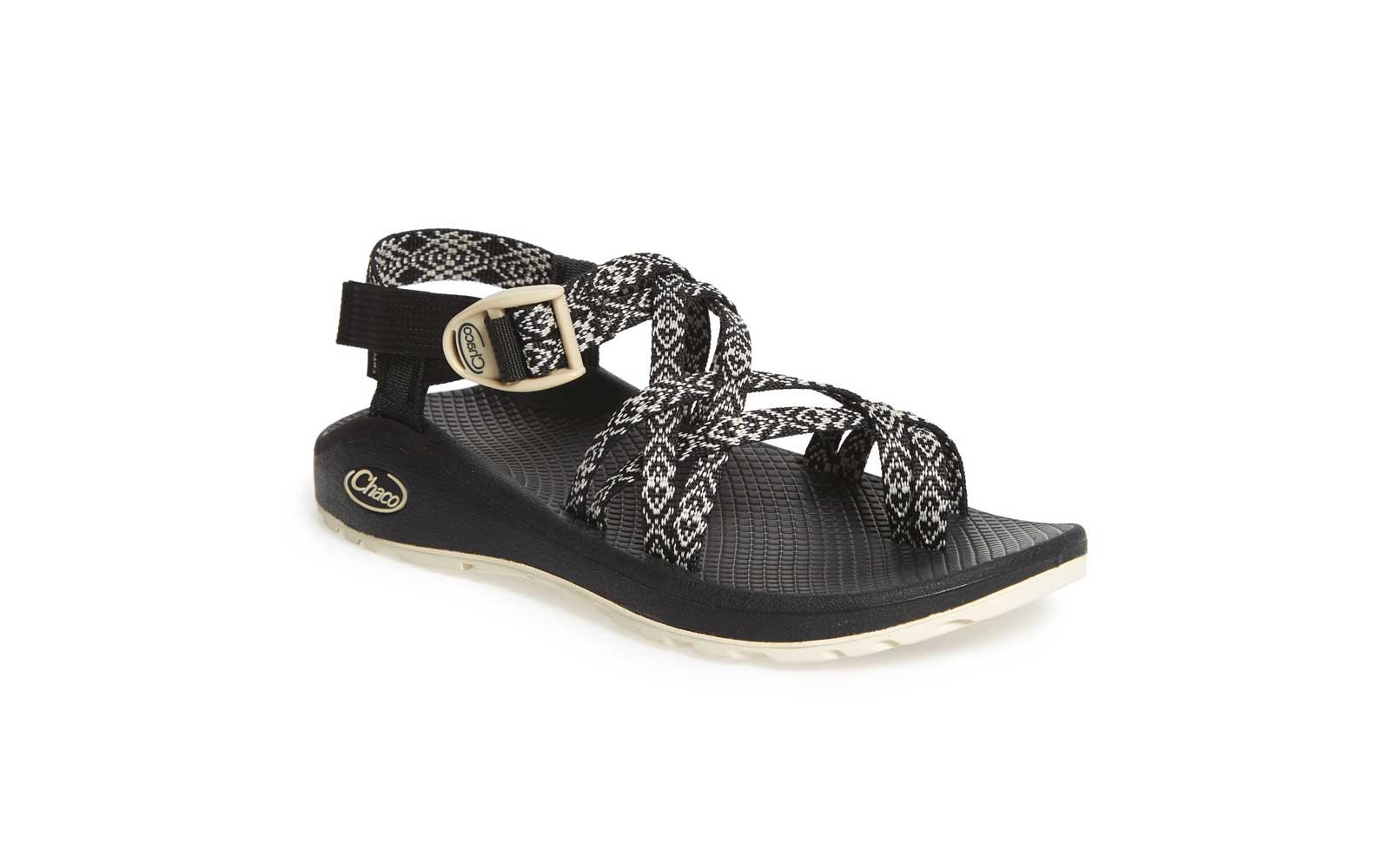chaco walking sandals