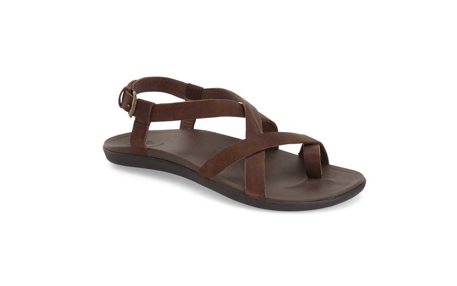 ecd410a39 Lightweight Leather  Olukai  Upena  Flat Sandal. womens olukai sandals