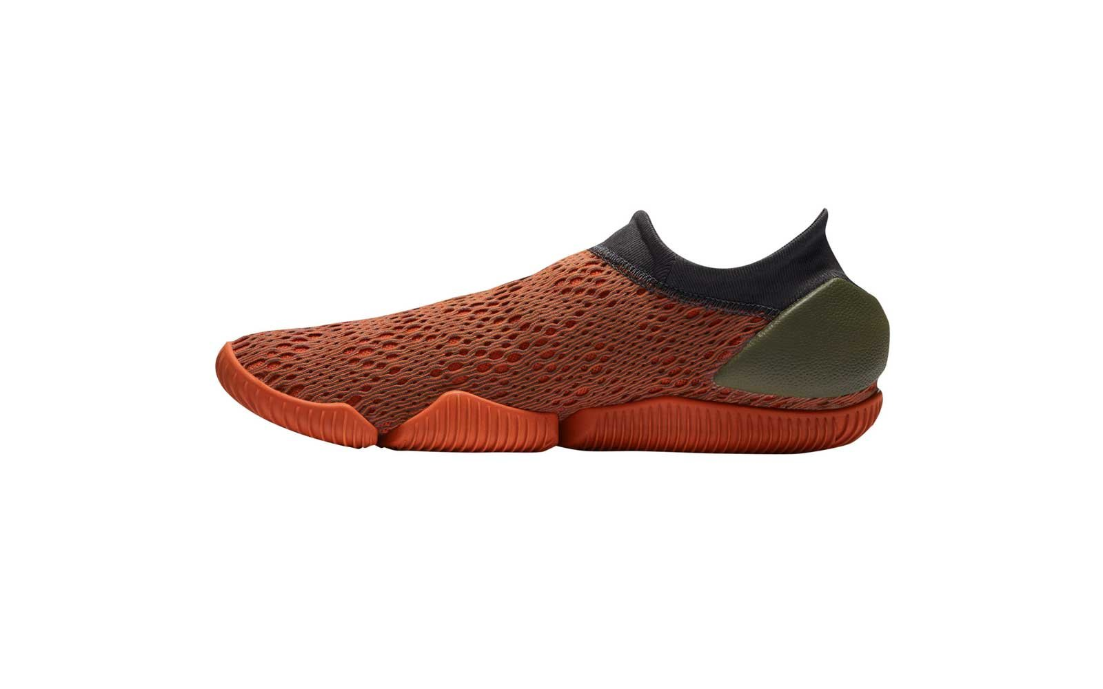 mens nike water shoes