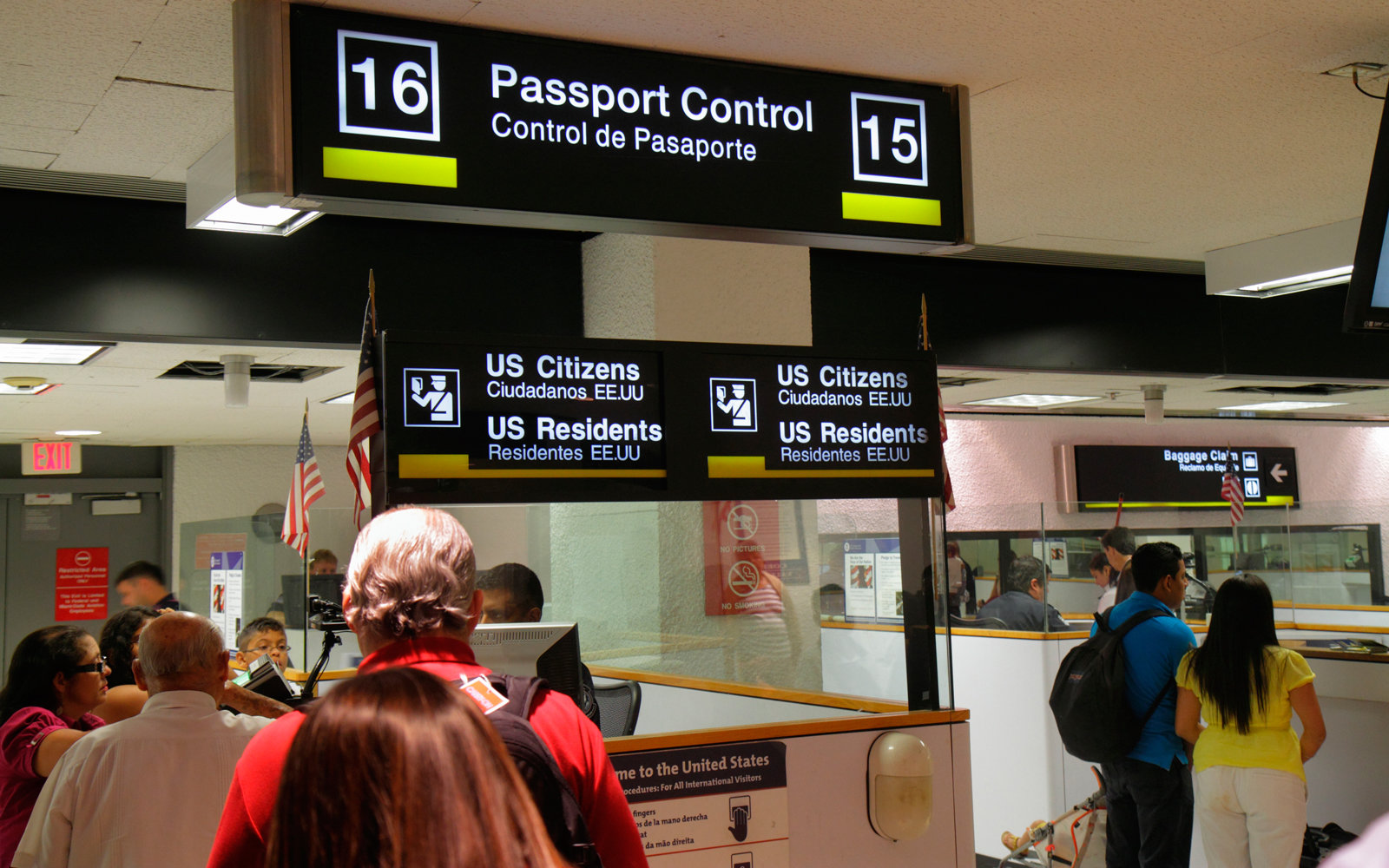 Miami International Airport, passengers entering Passport Control