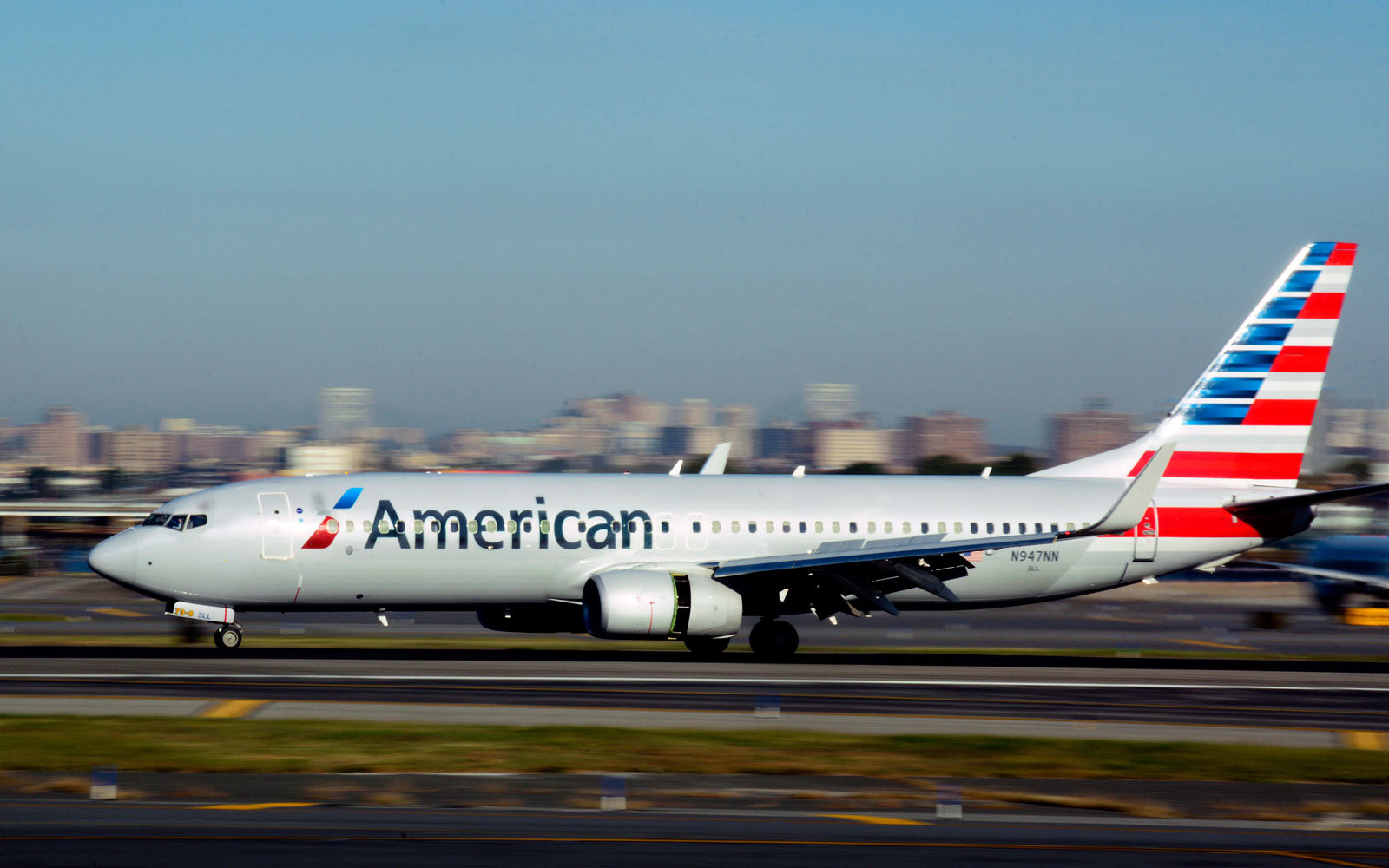 Disruptive Passenger Tased On American Airlines Flight