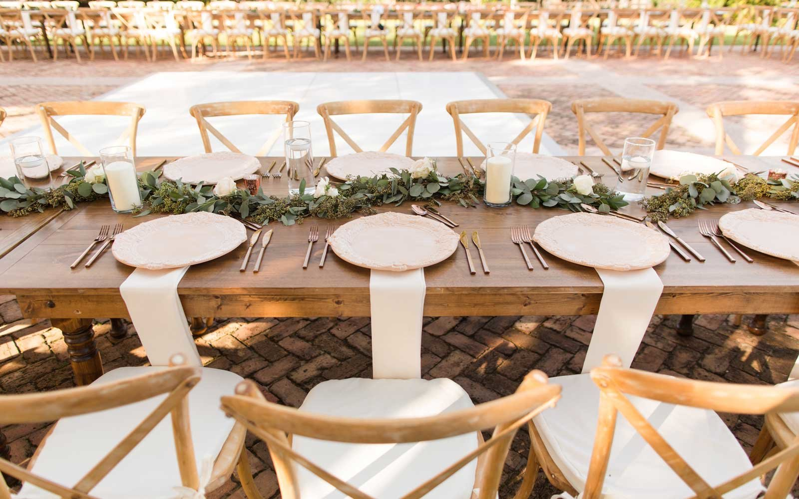 Dreamy outdoor wedding decorations in Miami, Florida