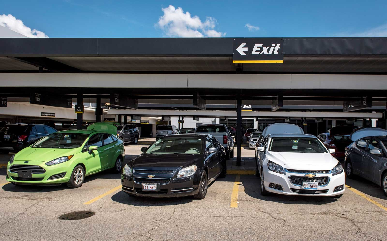 Hertz rental Car location at Chicago O'Hare