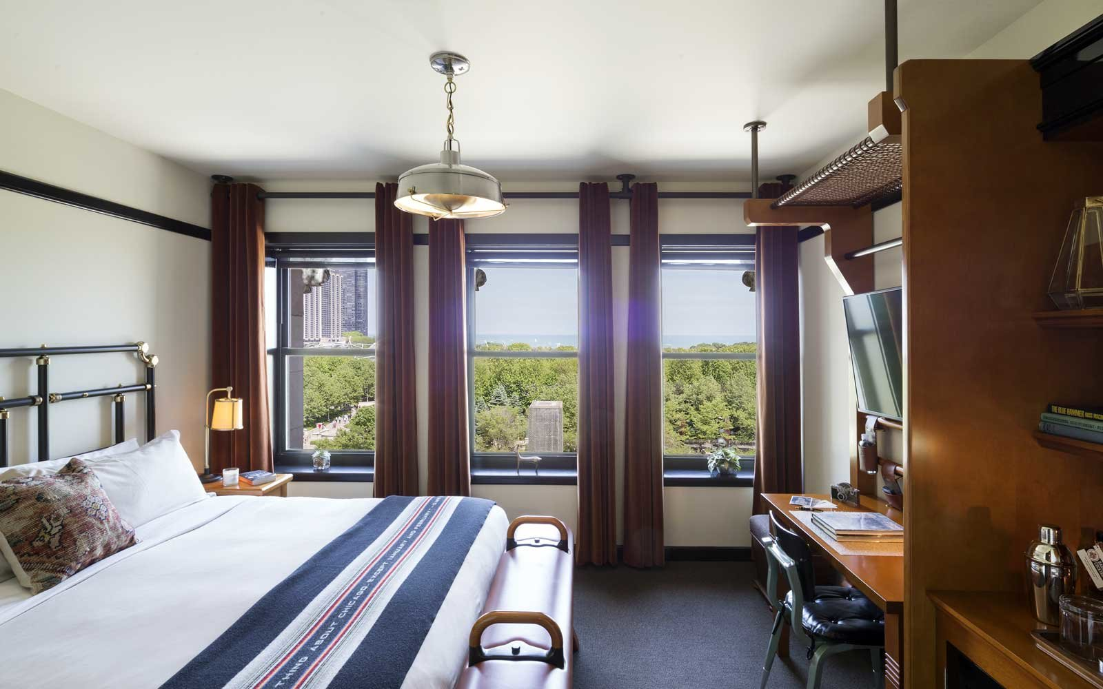 Guest room at the Chicago Athletic Association Hotel