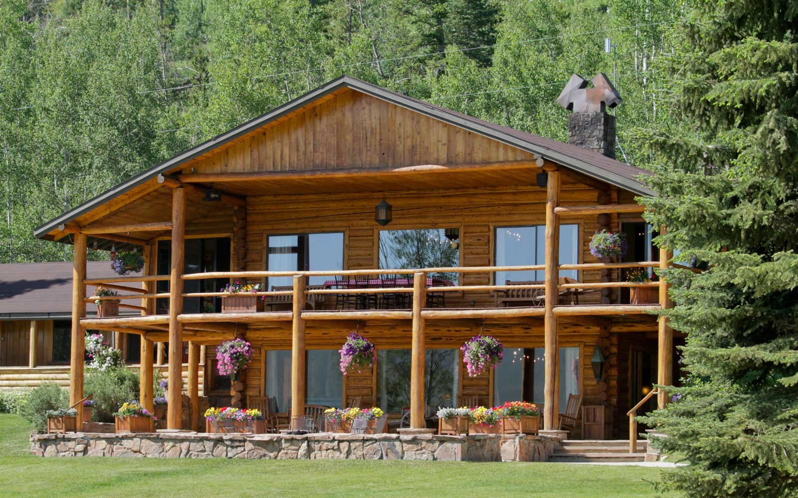 C Lazy U guest ranch cabin