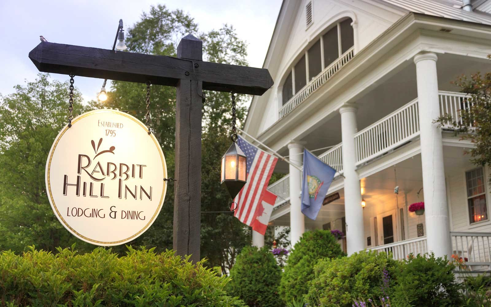 Exterior of Rabbit Hill Inn