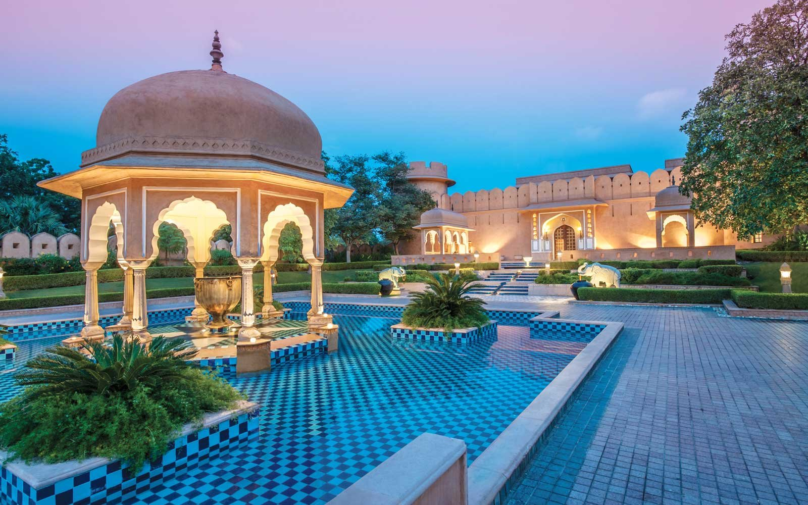 Twilight at Oberoi Rajvilas