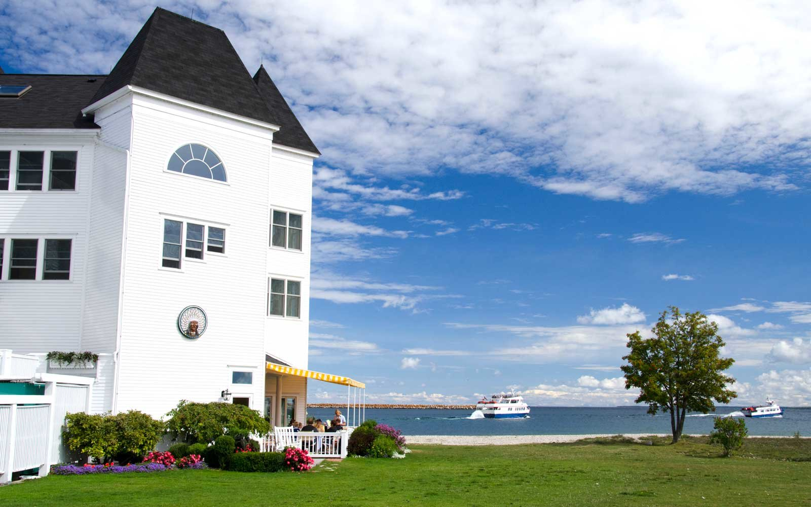 Exterior of the Hotel iroquois, on Mackinac Island