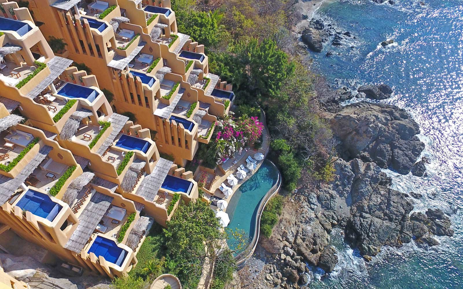 Aerial view of the Cala de Mar Ixtapa resort
