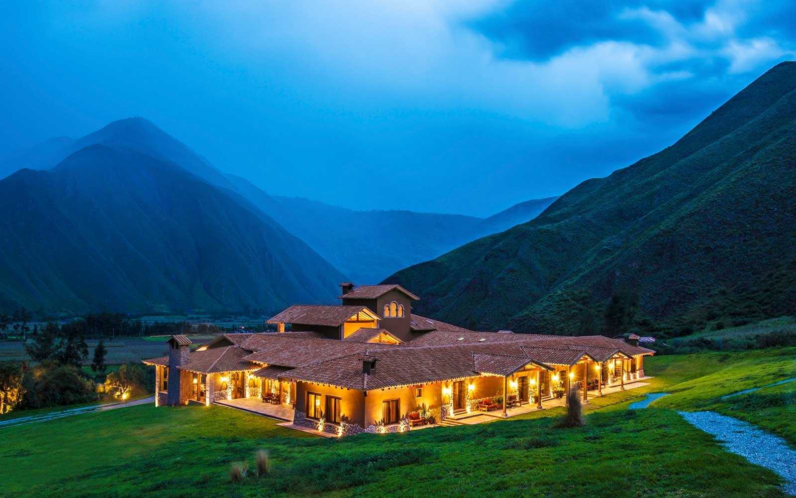 Night view of the Inkaterra Hacienda Urubamba resort