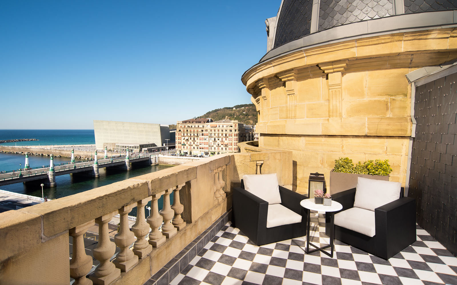 The 2018 World's Best City Hotels in Europe | Travel + Leisure