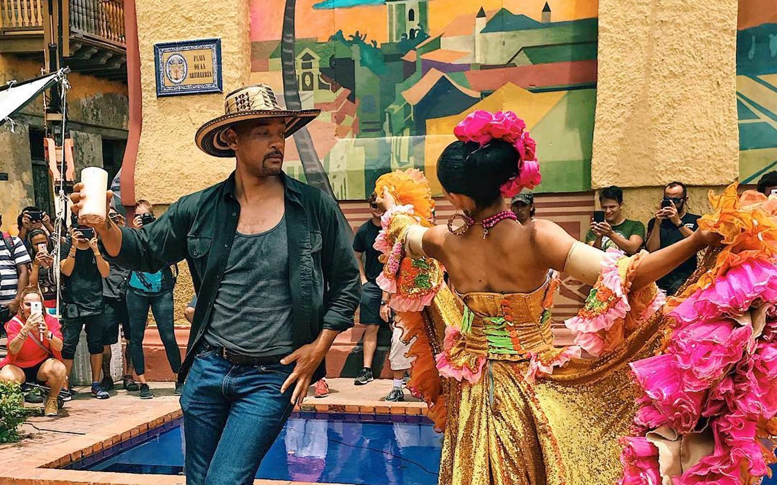 Will Smith dancing in Colombia