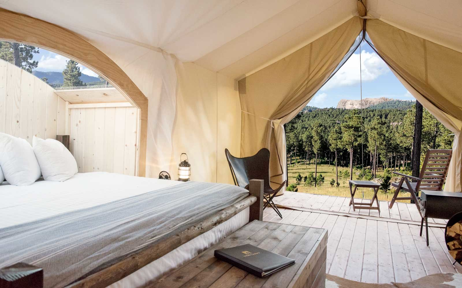 This Gorgeous New Glamping Site Is the Best Way to See Mount Rushmore