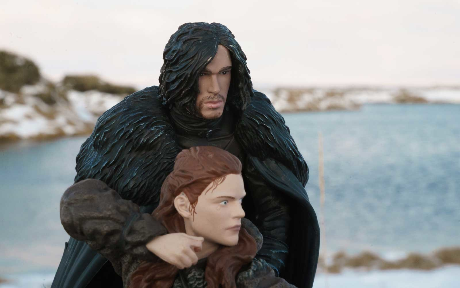 Jon Snow and Ygritte figures in Iceland