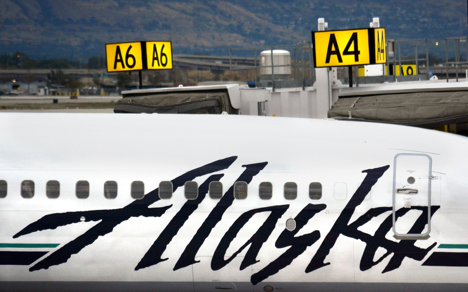 How Alaska Airlines Is Trying To Fight The Shapeless Blob