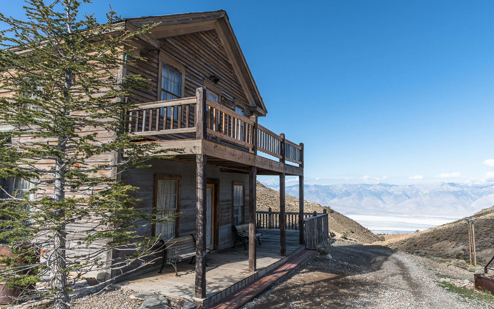 Own this entire ghost town south of Yosemite for under $1 million