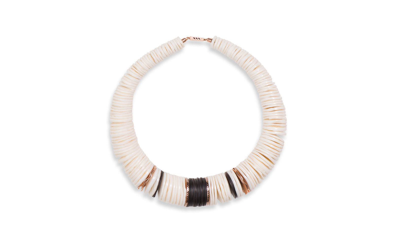 dezso shell necklace