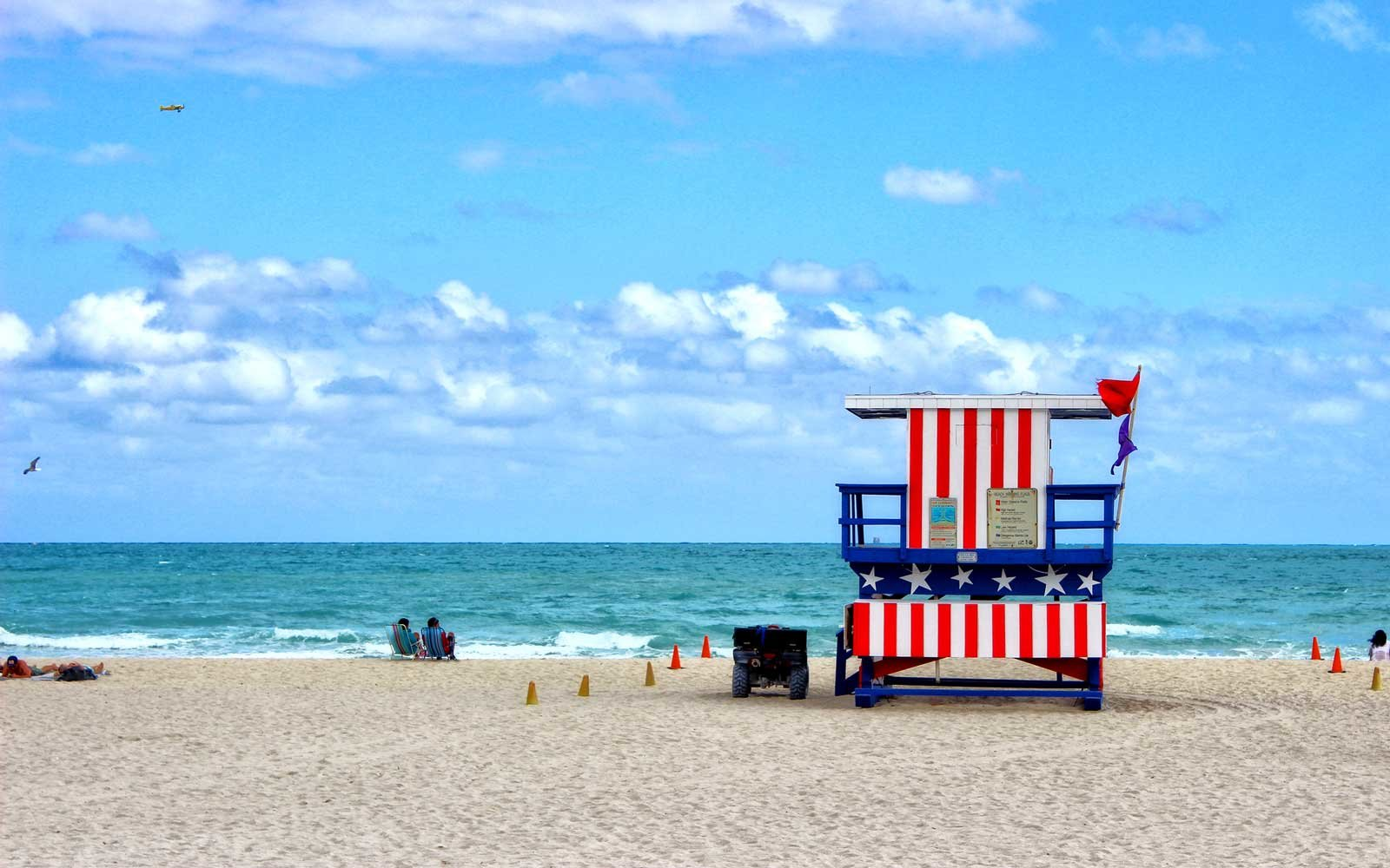 a5b54a1a34 The Best Beaches in the U.S. for Celebrating July 4th