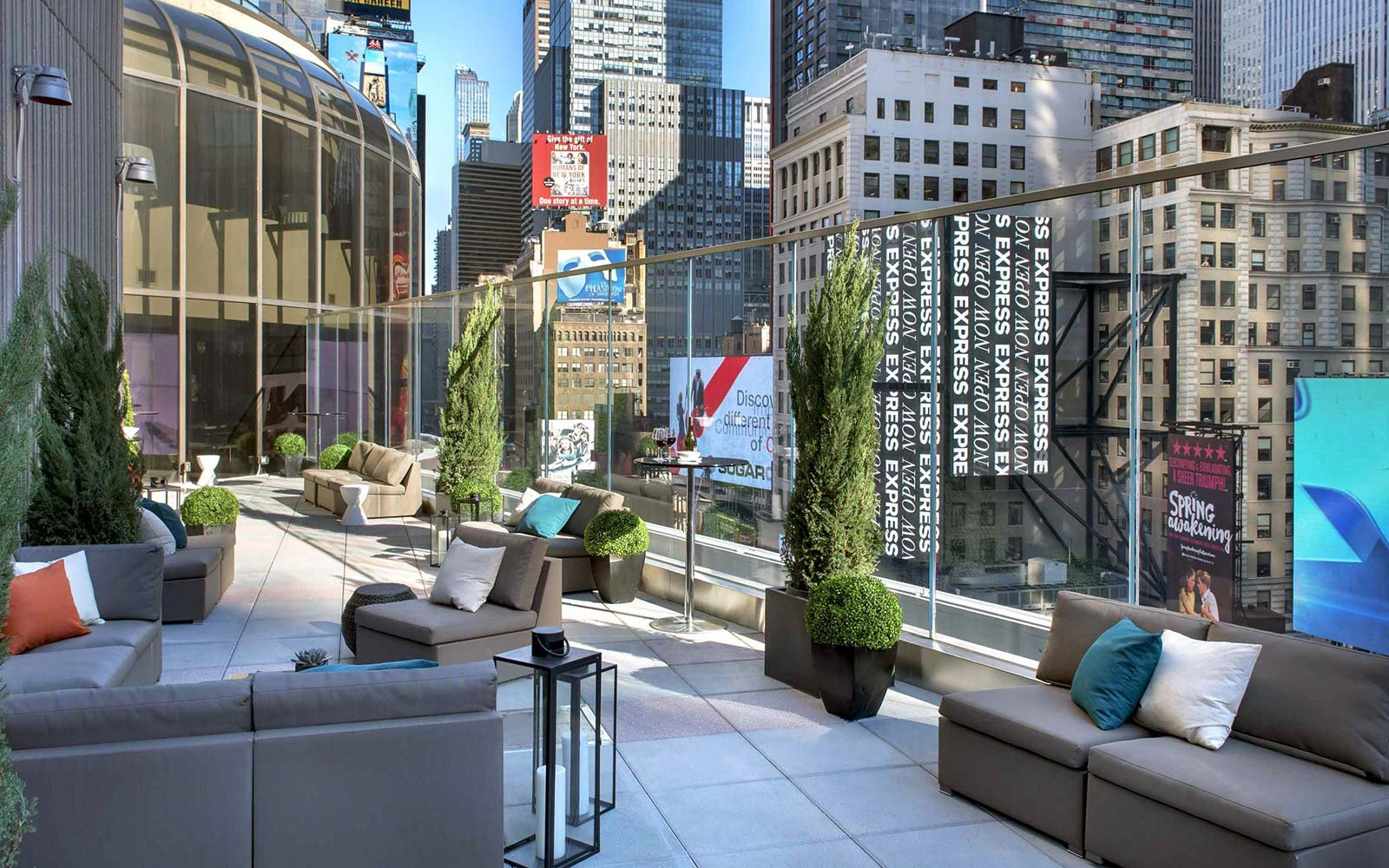 Broadway Lounge Terrace New York Marriott Marquis Times Square