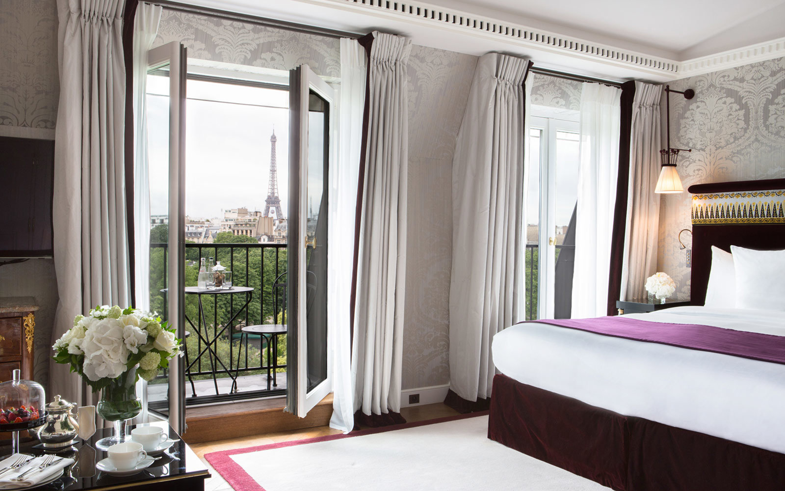 la-reserve-paris-hotel-spa-and-apartments-lead-EUROPEHTLWB18.jpg