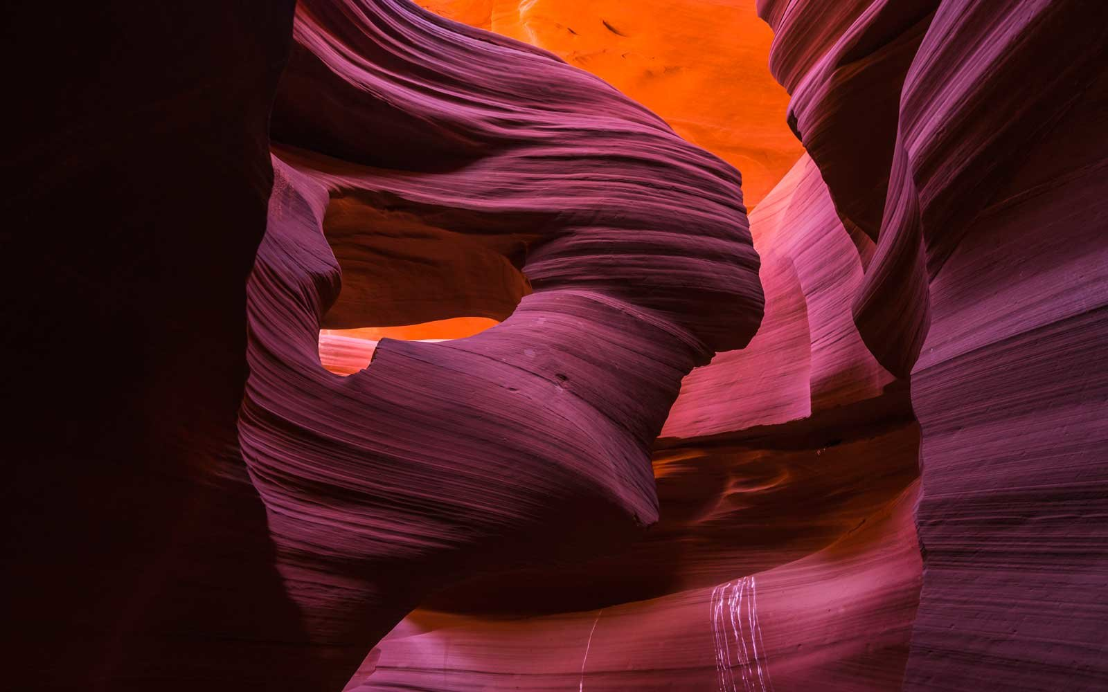 Antelope-Canyon-Arizona-COLNATWORLD0718.jpg