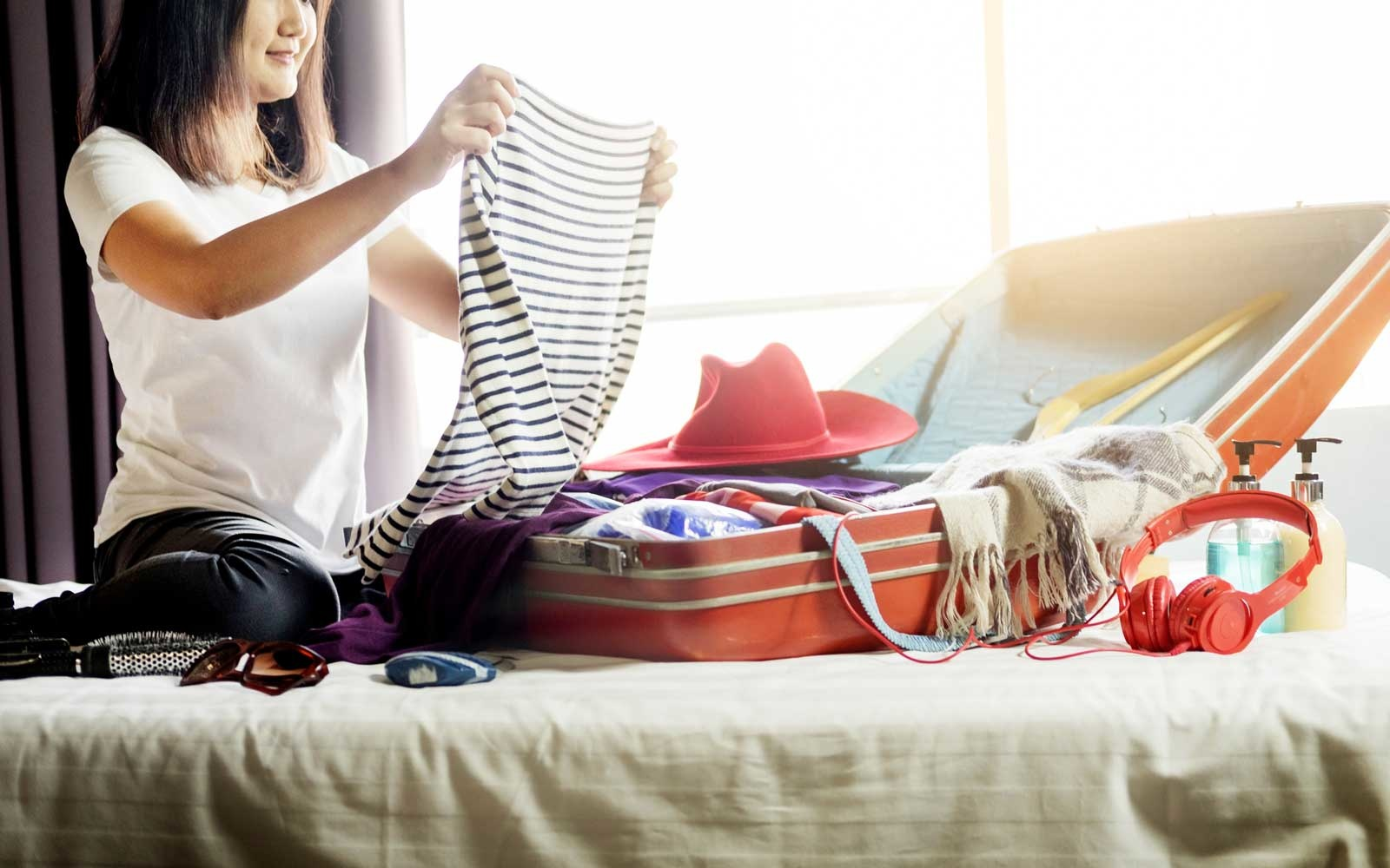 How to Pack Your Clothes to Keep Them Wrinkle Free