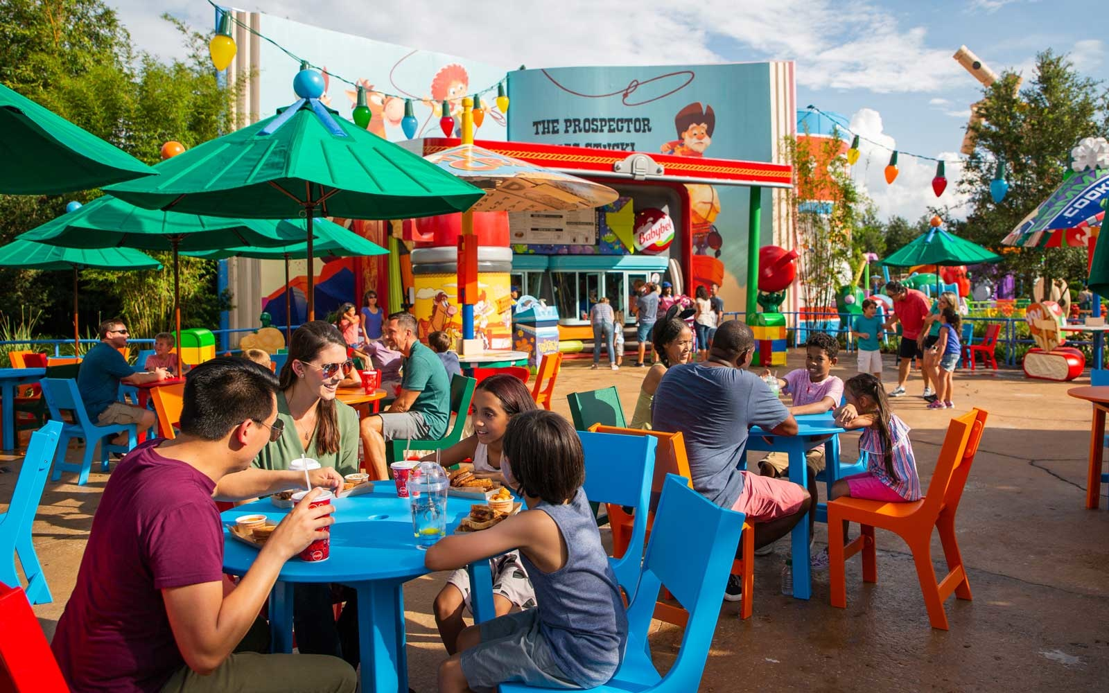 Disney Will Eliminate Plastic Straws From Its Parks by 2019 | Travel