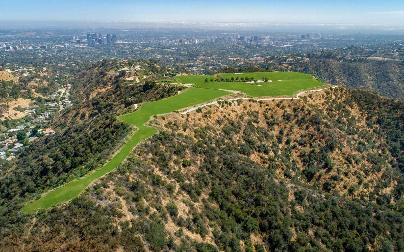 The Mountain  in Beverly Hills