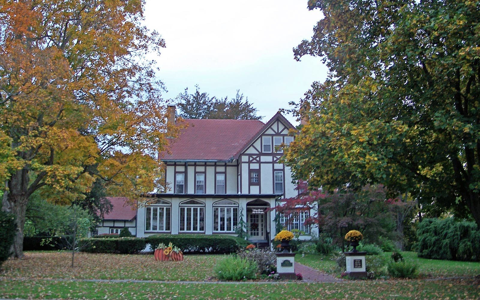 Vintage Gardens Bed & Breakfast, Newark, New York