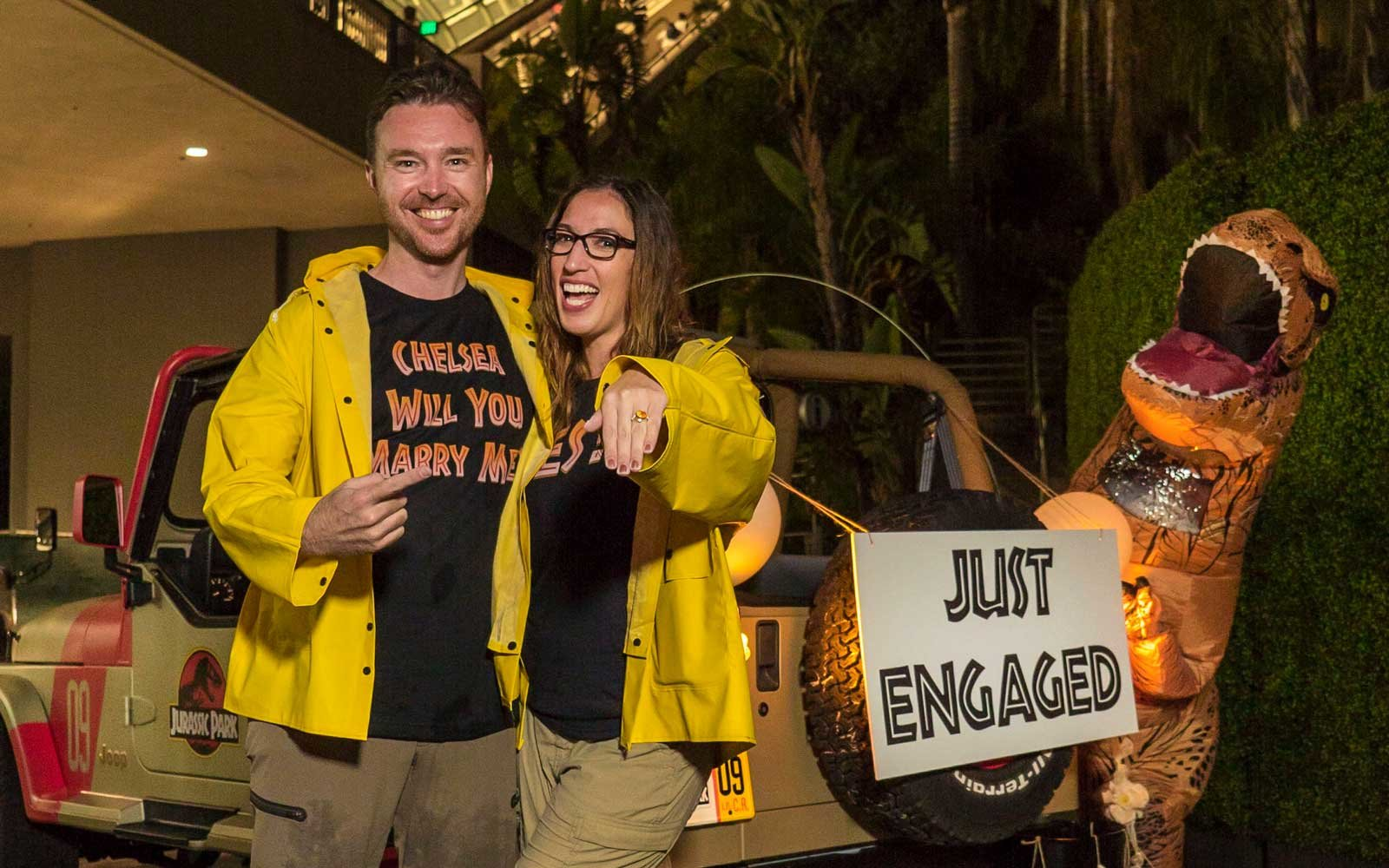 this couple spent 13 hours riding the jurassic park ride