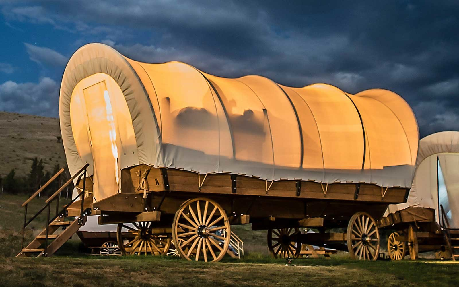 You Can Go Glamping Oregon Trail Style In Yosemites New Covered