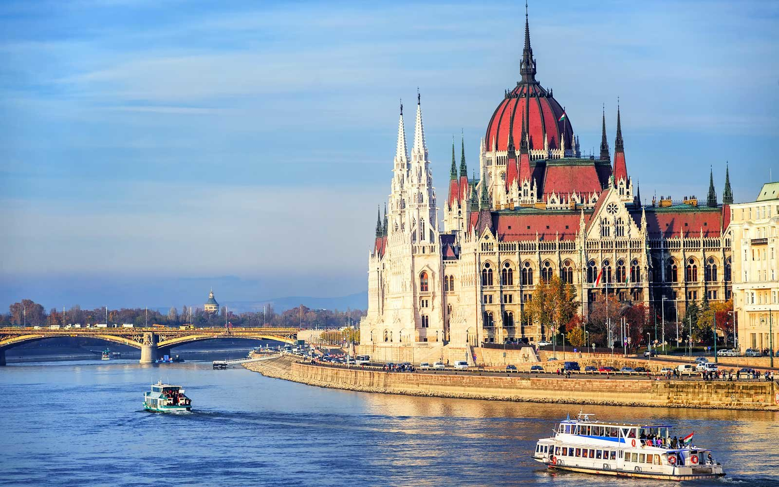 A group trip on a cruise down the Danube River gives you a relaxing way to enjoy spectacular scenery.