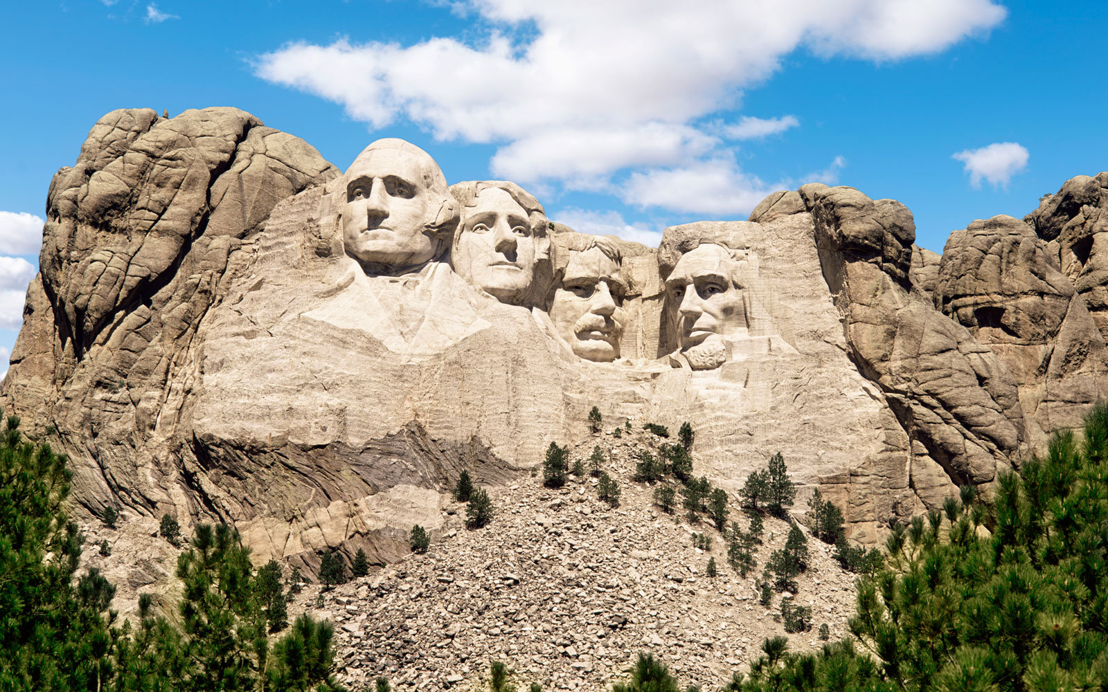 This Glamping Retreat Is the Best Way to Stay at Mount Rushmore — Here's How to Book