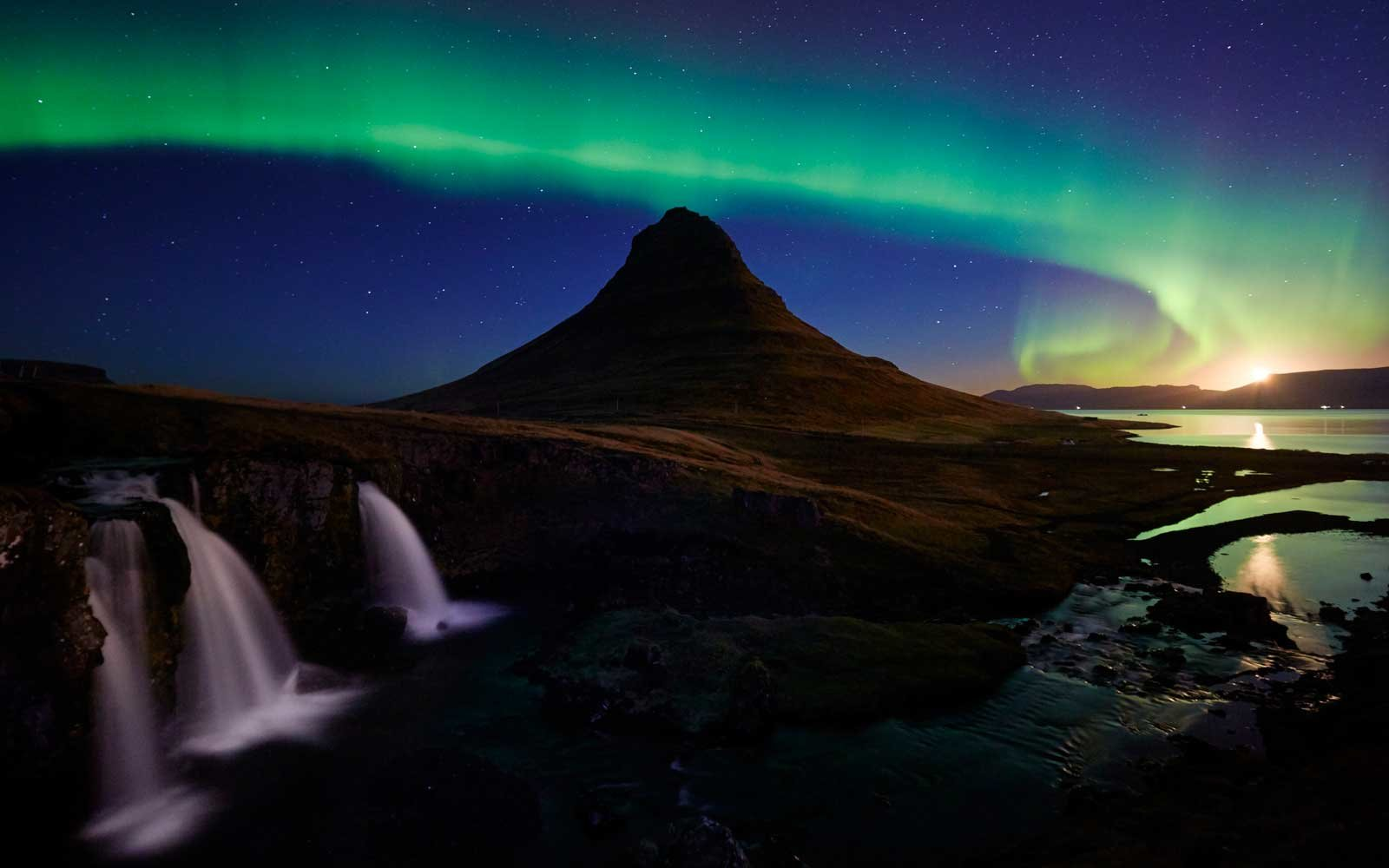 Cheap Flights To Iceland To See The Northern Lights Starting At 99 Travel Leisure