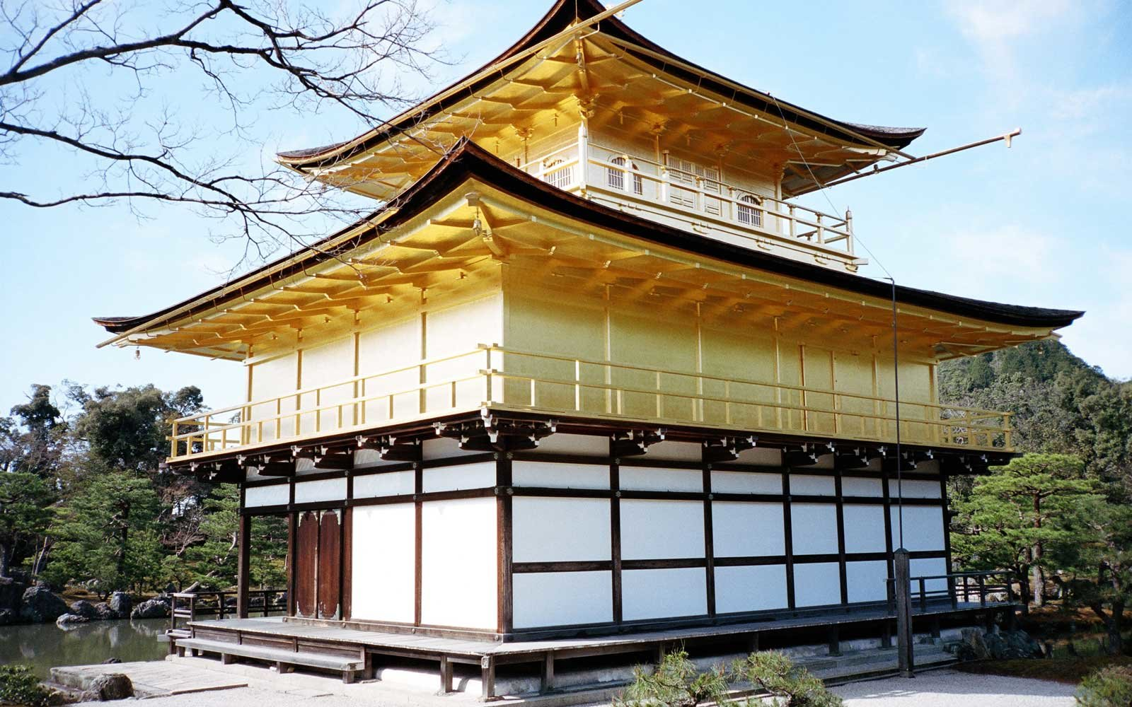Kinkaku-ji golden temple in Japan