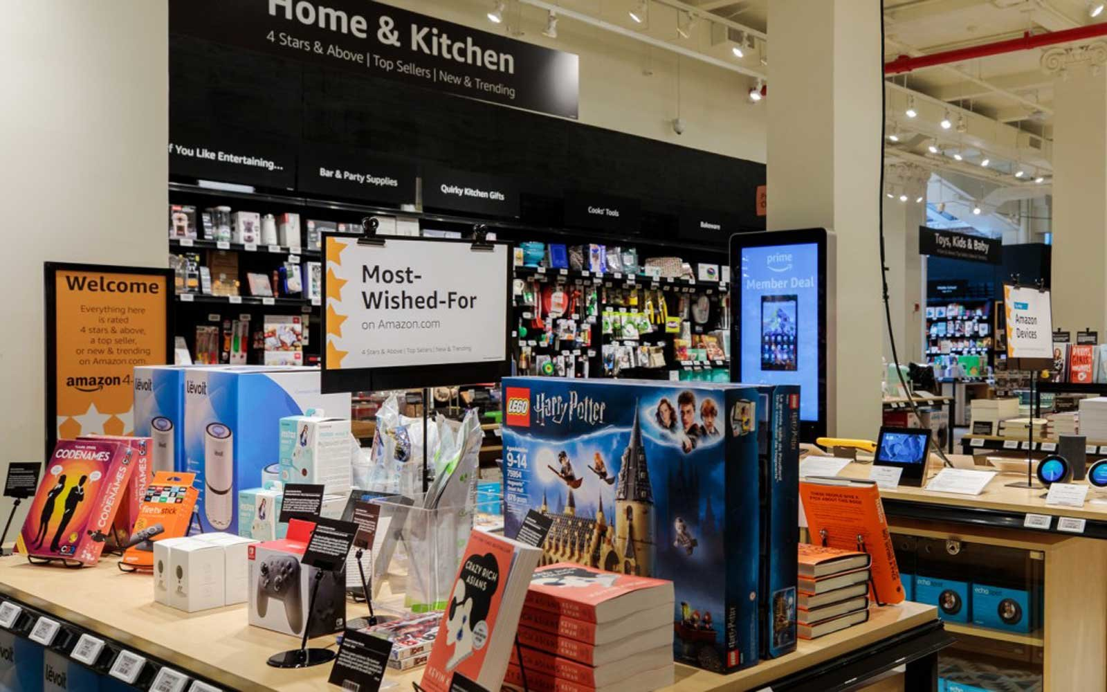 Amazon opens 4-star store