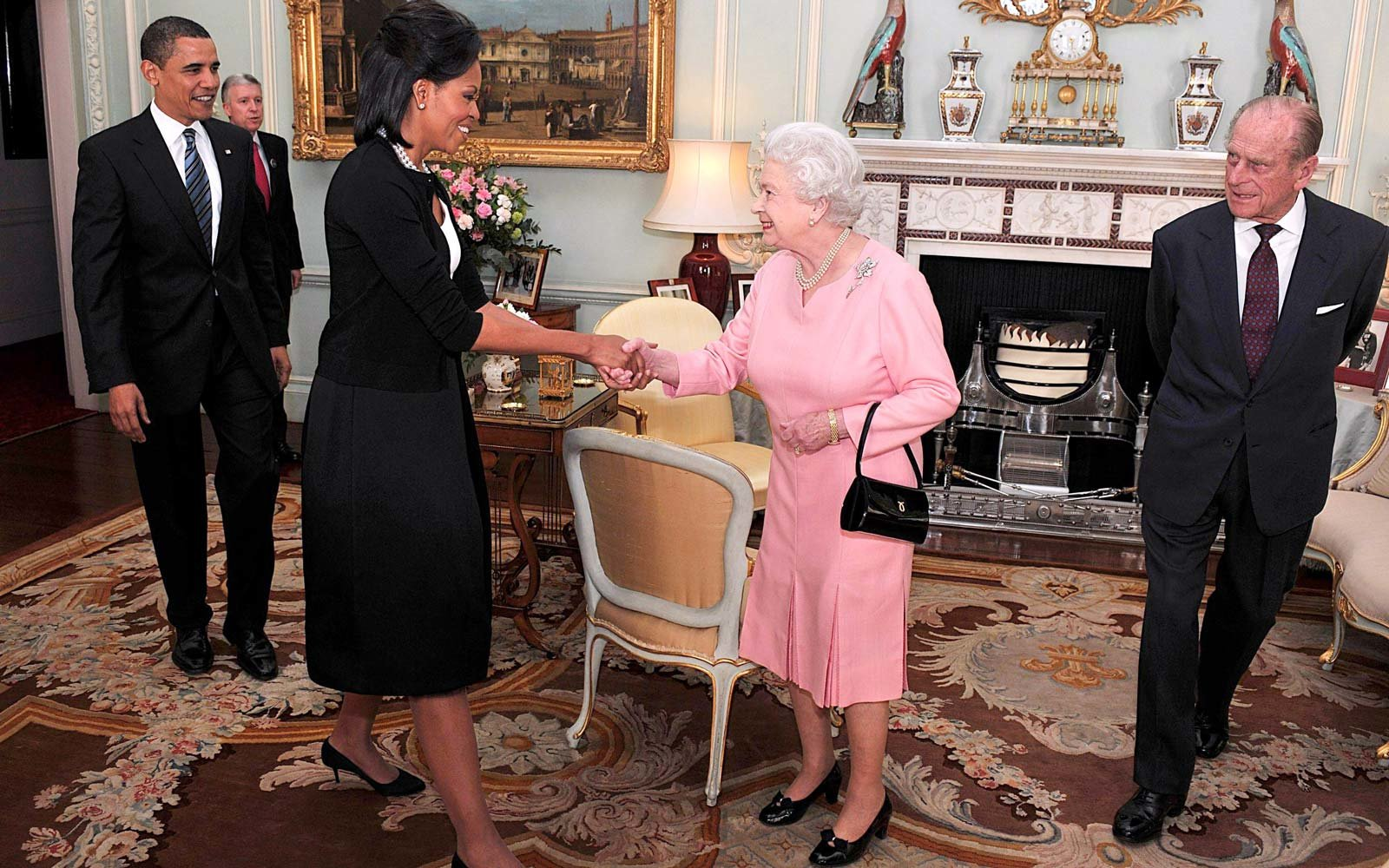 Michelle Obama Bonded With the Queen Over Their Shared Hatred of the Most Relatable Problem