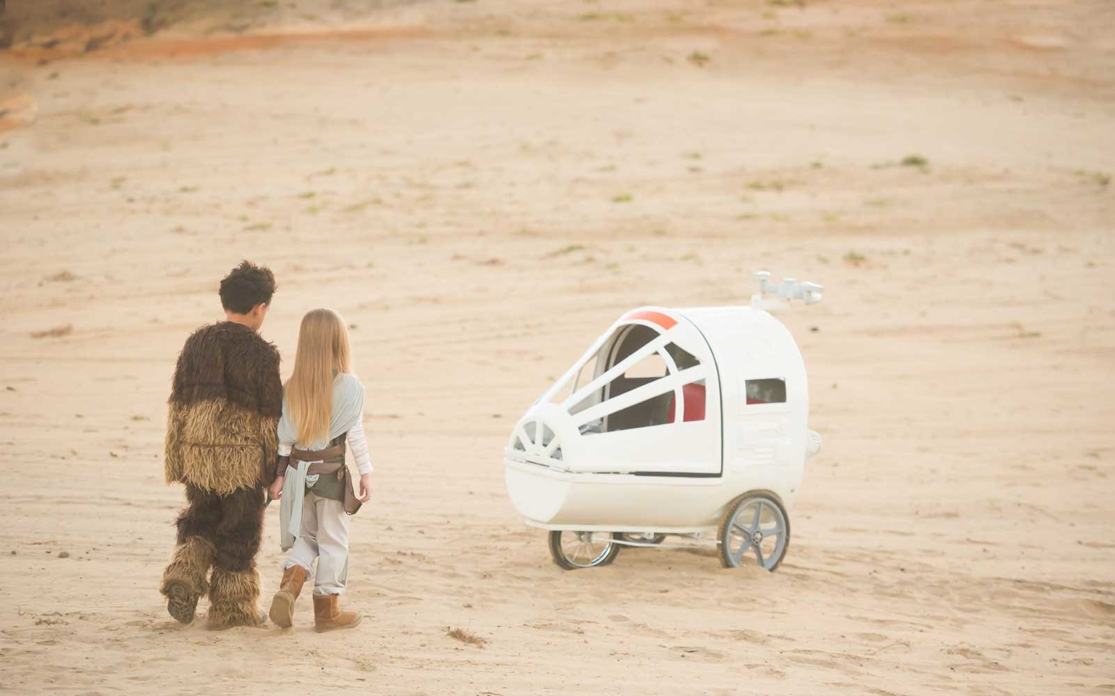 The Spaceship stroller is inspired by the Millennium Falcon.
