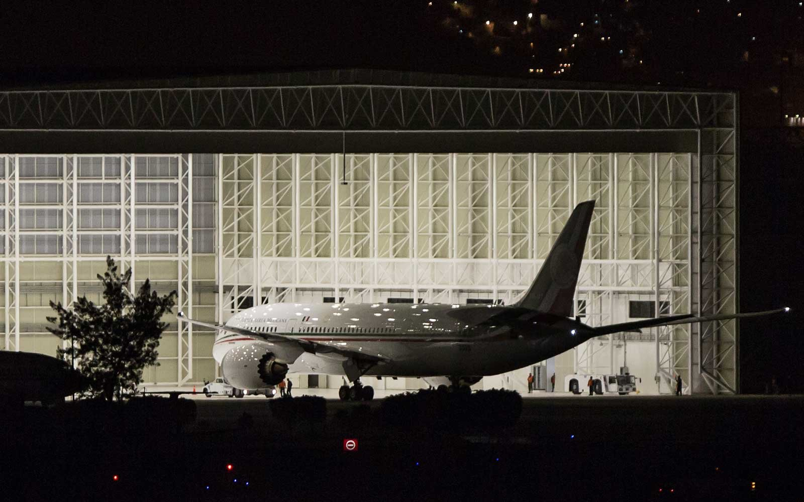 Mexico's new presidential plane Boeing 787-8 Dreamliner, Jose Maria Morelos
