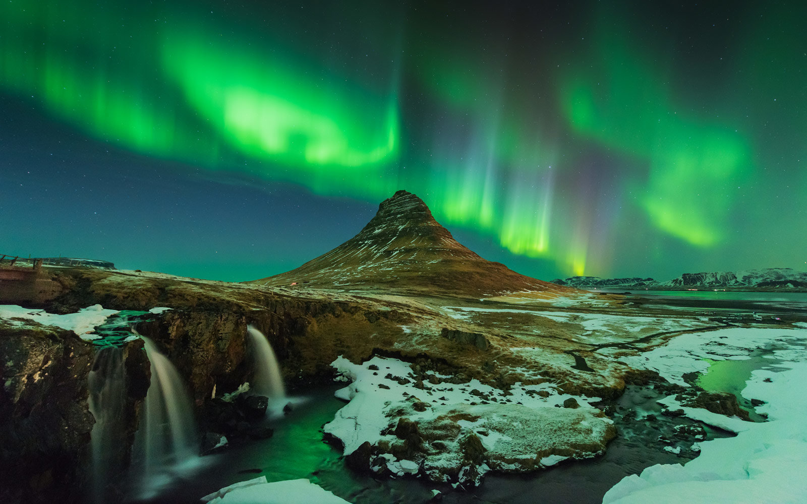 Northern Lights, Kirkjufell Mountain, Snaefellsnes, Iceland