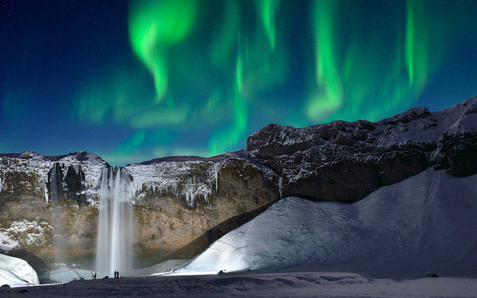 Northern Lights in Skogafoss, Iceland