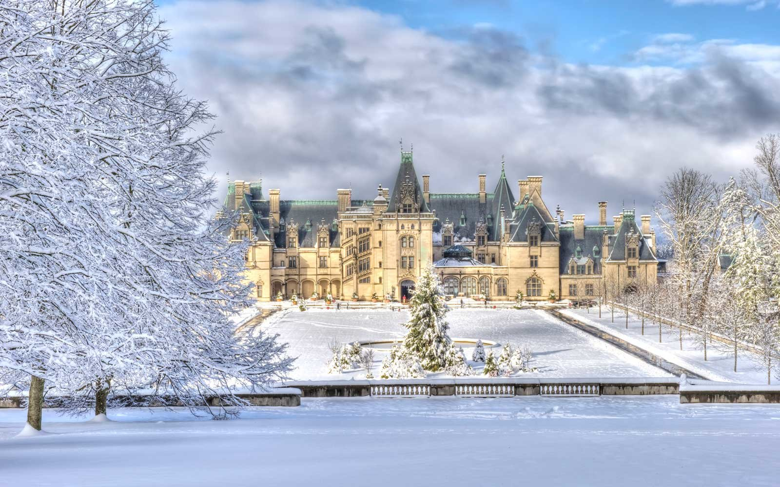 Biltmore Estate in winter