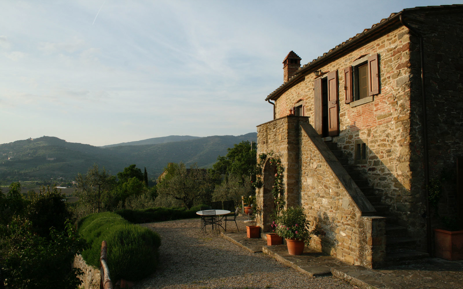 Ossaia, 700 year old restored Tuscan home