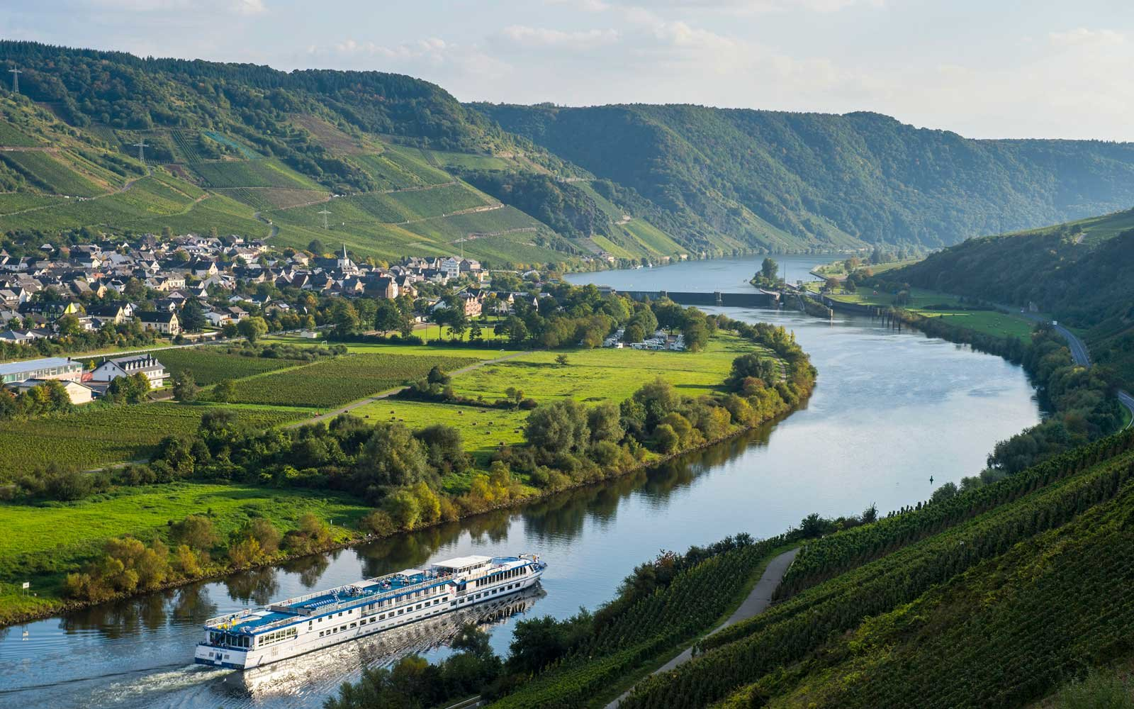 Clone of river-cruise-germany-hannah-TRVLRES1218.jpg