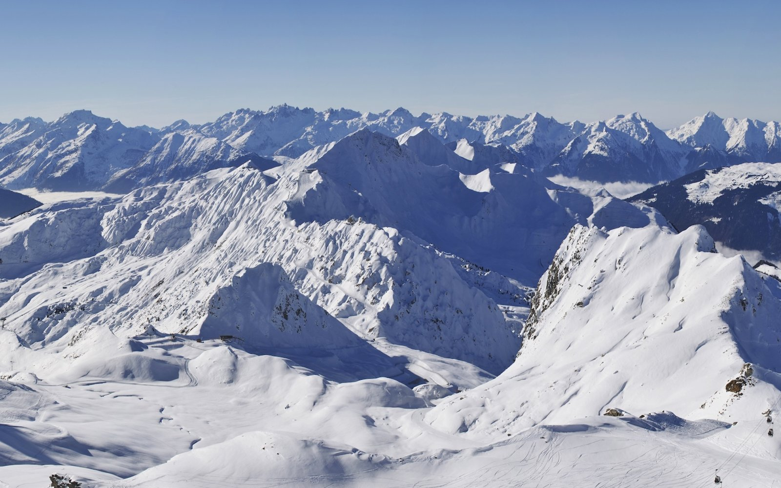 Christmas 'Miracle': Boy Survives 40-Minute Avalanche Burial in French Alps