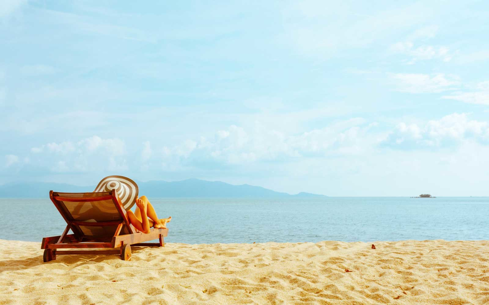 How to Get Extra Vacation Time Without Asking Your Boss