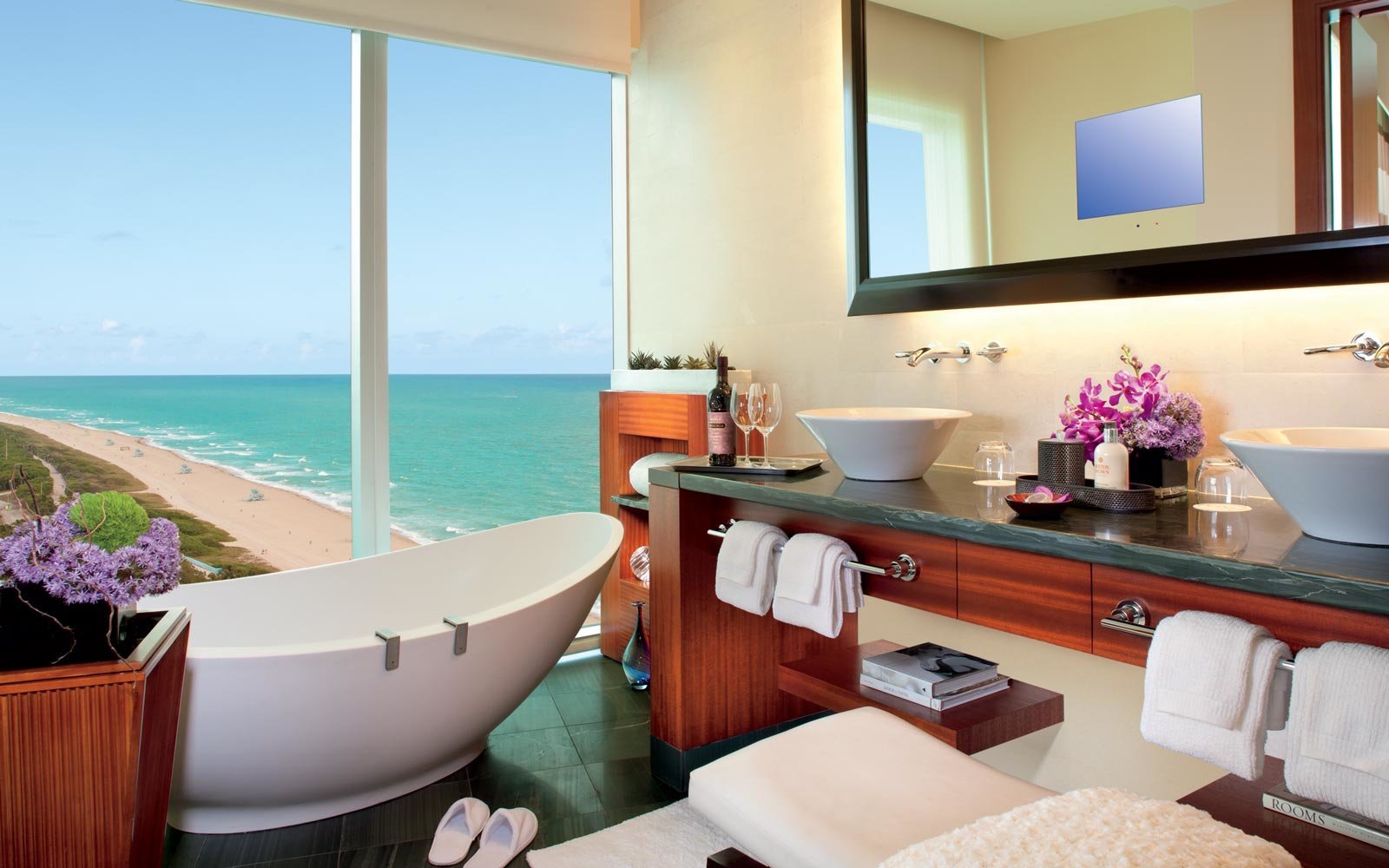 ritz-carlton-bal-harbour-miami-florida-HOTELBATHS0119.jpg