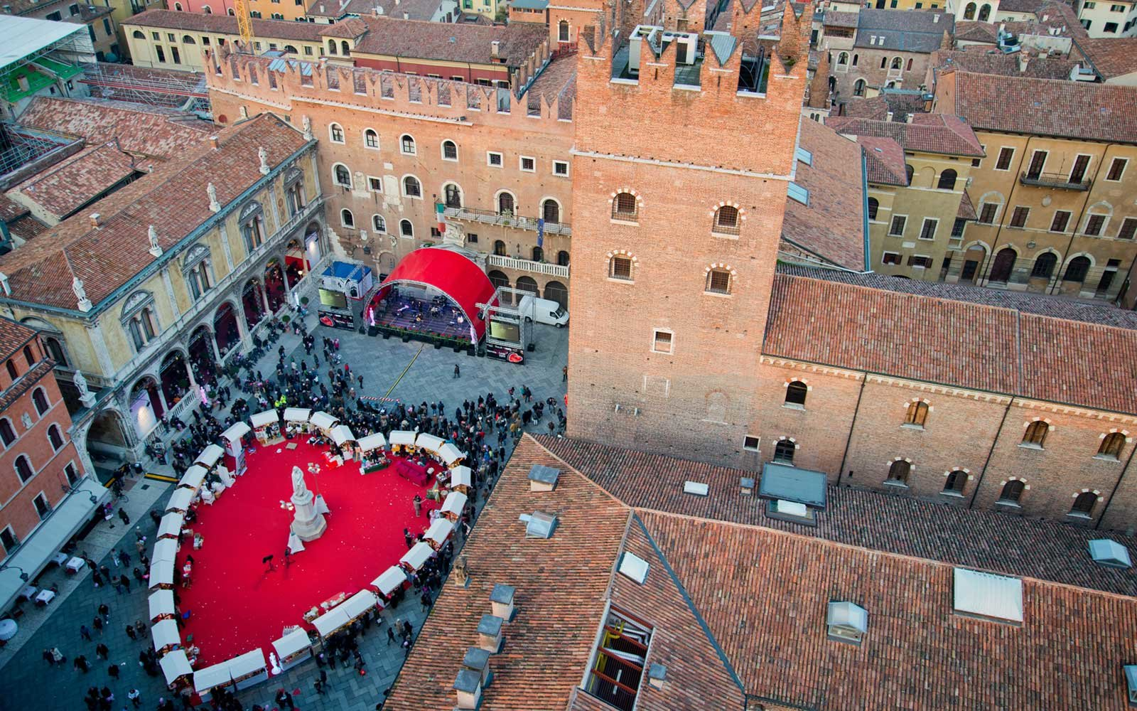 Valentine's Day at Piazza Dante in Verona, Italy